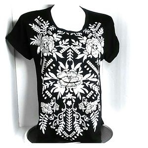 Tops - Black T-shirt  White Painted embroidery design XL